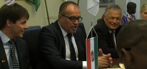 Marokkói delegáció a HTCC székházban