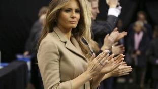 Nem is voltam callgirl – a Daily Mailt perli Trump felesége