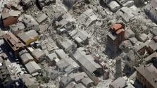 Drónvideó az itáliai földrengésről, melyben több mint 240-en meghaltak