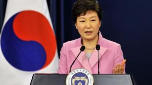 Dél-Korea vezetője pszichopata Phenjan szerint