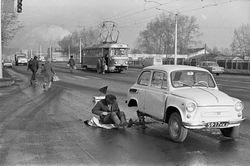 Autójavítás - Novokuznyeck, 1981