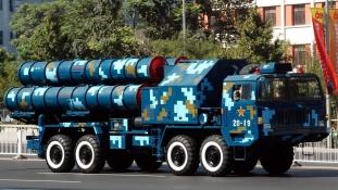 Bevetésre kész Kína új generációs légvédelmi rakétarendszere