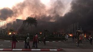 Súlyos zavargások Gabonban, bevetették az elnöki gárdát