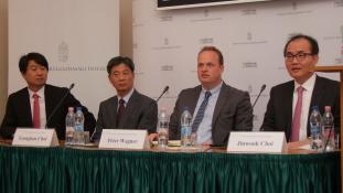 Itthon is téma volt Észak- és Dél-Korea egyesítése