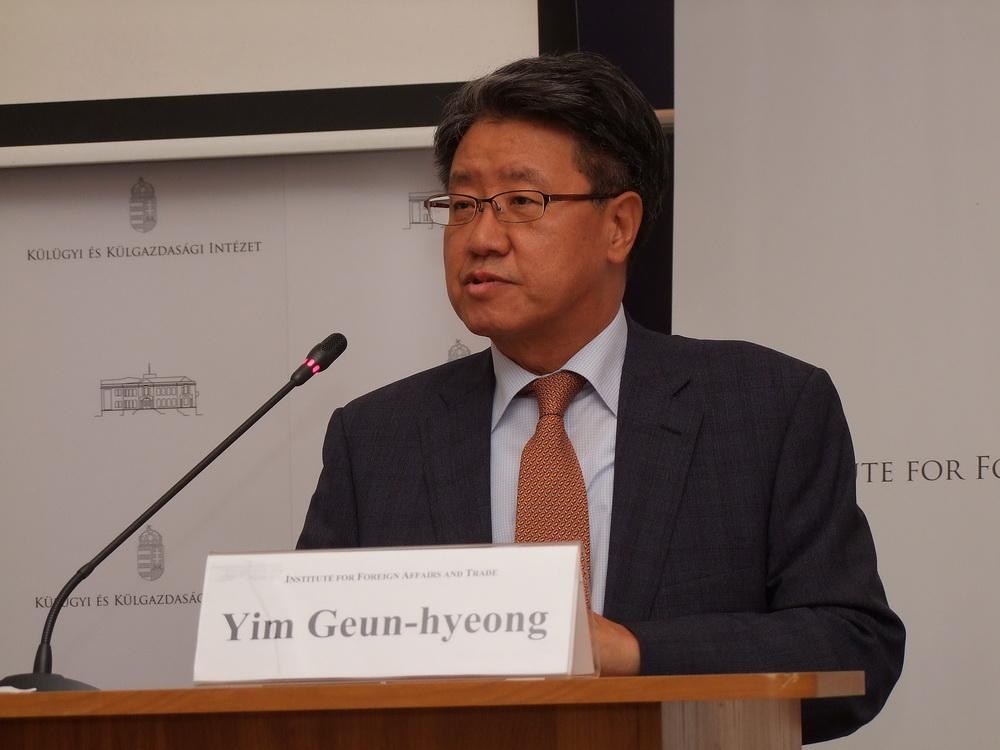 H.E. Yim Geun-hyeong  a Koreai Köztársaság nagykövete