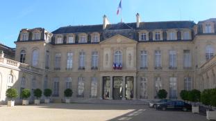 Kémkedés szövetségesek között, avagy mit keresett Amerika az Élysée-palotában?