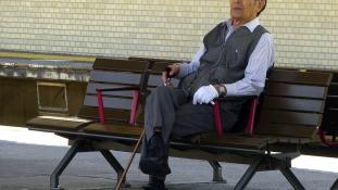 Japánban már egész tömegek 100 évesek