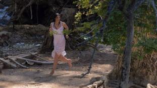 Meztelen címlapfotó az 51 éves Monica Belucciról – videó