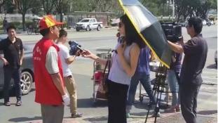 Napszemüvege miatt függesztették fel a riporternőt