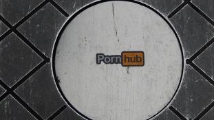 Ingyen hozzáférést ajánlott az oroszoknak a PornHub, miután betiltották