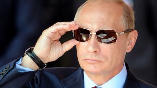 Putyin azt mondja, még nem tudja, indul-e a következő elnökválasztáson