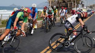Iráni kerékpáros a paralimpiák első áldozata