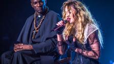 Madonna orális szexet ígér Clinton választóinak