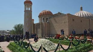 Ők már biztosan profitálnak az üzbég elnök halálából