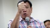 Isten kérte, hogy ne káromkodjak – vigyázni fog a szájára a Fülöp-szigetek elnöke