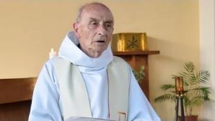 Először miséznek abban a templomban, ahol a francia pap torkát elvágták az oltáron