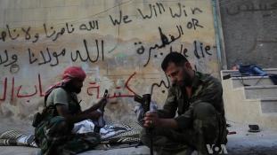 Elhagyhatják a civilek és a felkelők Aleppót