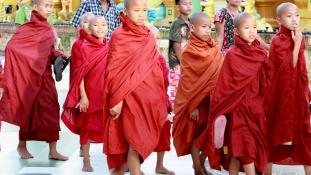 Bébiboncok Burmában, a mai Mianmarban