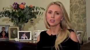 Az egykori szépségkirálynő nem tud kijönni a válás után neki megítélt évi 370 ezer fontból