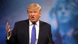 Leginkább a Twitteren szeret sértegetni Donald Trump