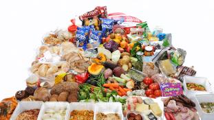 Megőrülnek a lejárt szavatosságú élelmiszerekért Dánia fővárosában