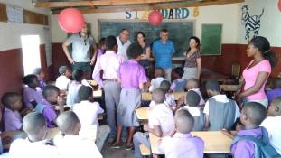 Gyógyszertúra, árvaház és nsima – egy nap áram nélkül Malawiban