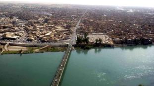 Bent vannak Moszulban az iraki terrorelhárítók – veszélyben a civilek