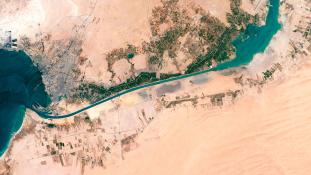 Pazar ünnepség, csőd, kolera és geopolitika – 147 éve nyílt meg a Szuezi-csatorna