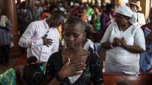 Három percre elnémult egy egész ország Afrikában