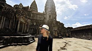 27 évesen dönthet utazásban világrekordot ez a csinos lány