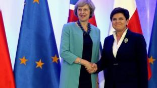 Ne legyenek túszok az Angliában élő uniós polgárok vagy az EU-ban maradó britek