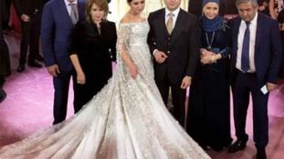 A világ legdrágább menyasszonyi ruhája – videó