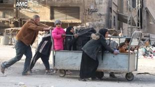Megrázó képek – így menekülnek az emberek Aleppóból