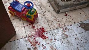Vérben úszó játékok és halott gyerekek – óvodát ért támadás Damaszkuszban