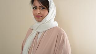 Már a hajukat is ki merik villantani a nők Rijádban