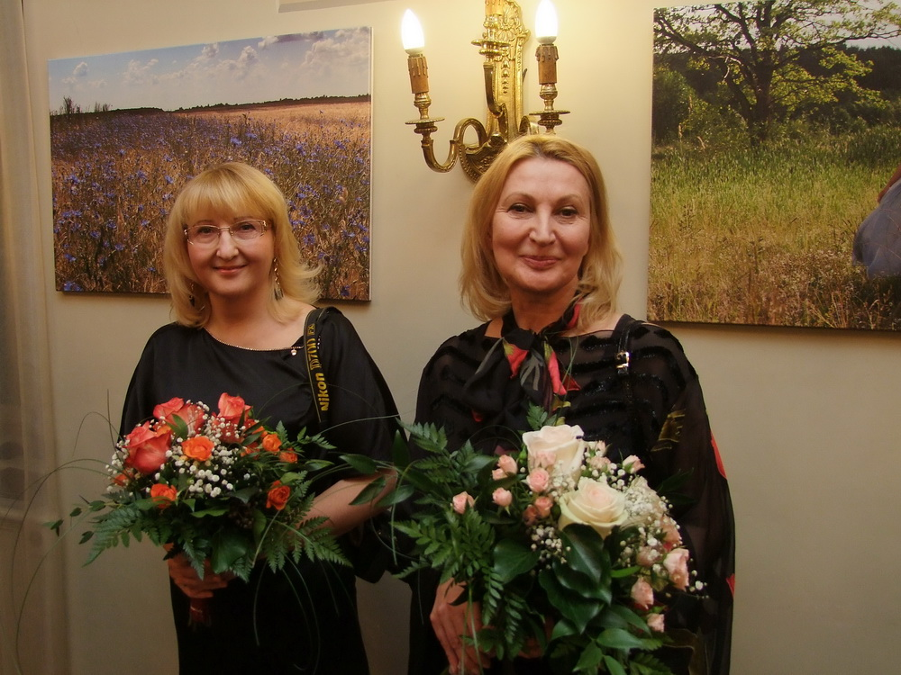 Balról jobbra: Irena Gudijevszkaja fotós és Tamara Gancsarova stylist