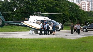 Kilököm a korrupt hivatalnokokat a helikopterből – csináltam már ilyet