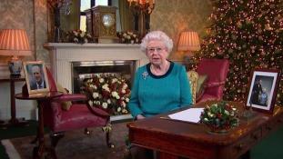 Ezt üzeni idén Erzsébet királynő – videó a karácsonyi beszédről