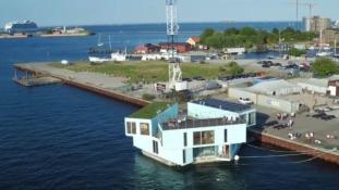 Olcsó lakhatás diákoknak Koppenhágában: vízen lebegő konténerek