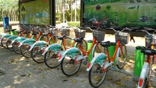 Újraélesztenék – a közösségi bringázás adhat megoldást a riasztó szmoghelyzetre Kínában