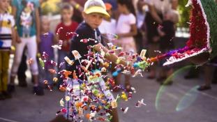 Koponyák, piñaták és retekszobrok –  Mexikó év végi vigadalmai
