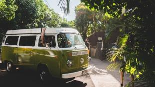 Halálra idegesítik az ausztrálokat a kisbuszos külföldi turisták