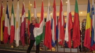 Magyar nők a nagyvilágban: Nóra – London, Brüsszel, Amszterdam