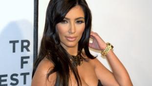 Tömeges letartóztatás Párizsban a Kardashian-ügyben
