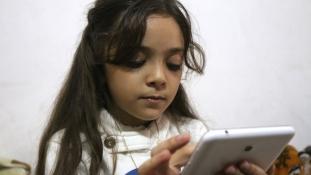 Levelet írt Trumpnak a világhírű szíriai kislány