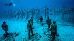 Megnyílt Európa első vízalatti múzeuma