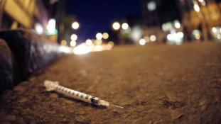 Egyre több a heroinfüggő menekült gyerek Svédországban