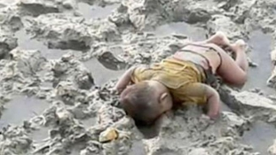 Újabb Aylan Kurdi? Szívszorító kép a 16 hónapos rohingya menekült kisfiúról