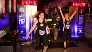 Hozzámegy az őt megmentő tűzoltóhoz a bostoni robbantás egyik túlélője