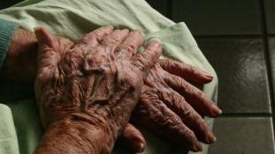 Tíz beteget segített a halálba a dániai eutanázia-csoport